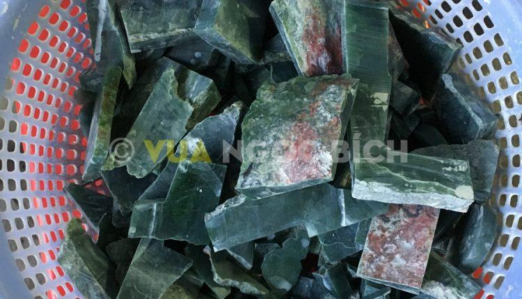 Khối Đá Thô Ngọc Bích Nephrite Jade - 25