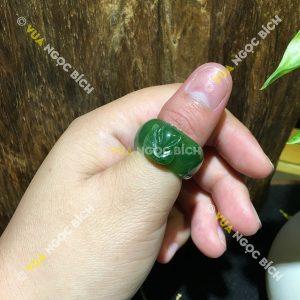 Nhẫn Ngọc Bích Nephrite Jade Bản Liền (NN042)