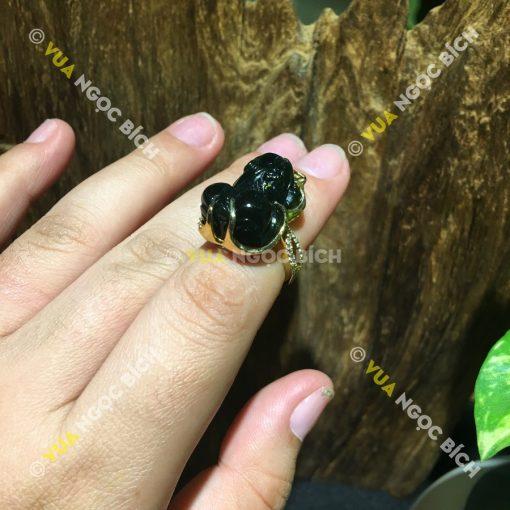 Nhẫn Tỳ Hưu Ngọc Bích Nephrite Jade (NN043)