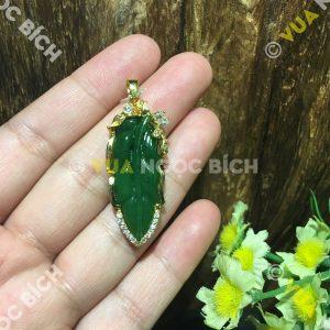 Mặt Dây Chiếc Lá Ngọc Bích Nephrite Jade Bọc Vàng (MD101)